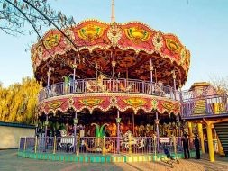 Double Deck Park Carousel