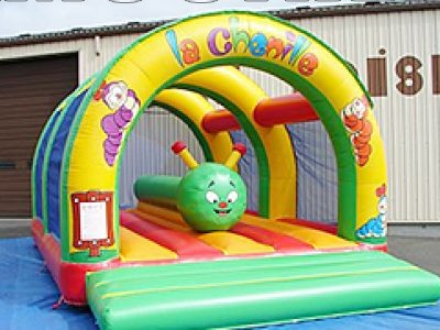 What safety issues should be paid attention to inflatable castle amusement rides